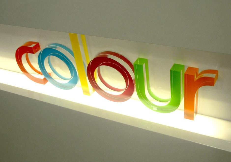 Litere volumetrice Plexiglas Colorat in masa